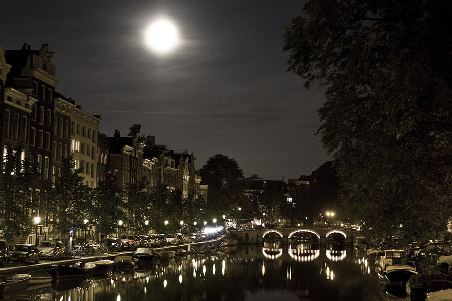 Street walking at night in Amsterdam.